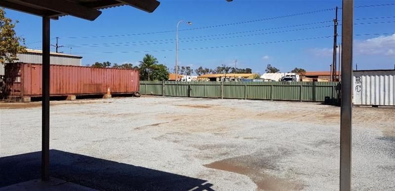 PERFECT INDUSTRIAL LOT IN EVERY WAY