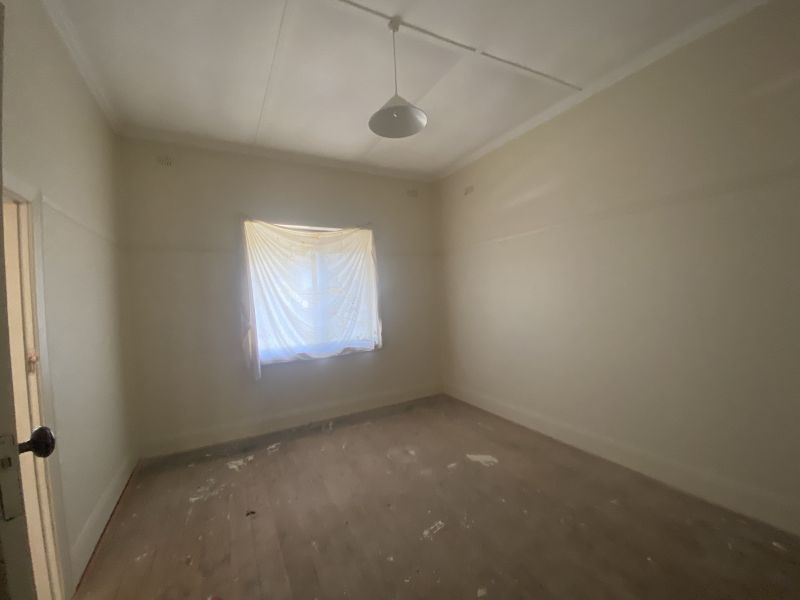 For Sale By Owner: 7 Queen Street, Cootamundra, NSW 2590