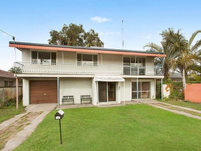 GREAT BUYING -  What a position, great sized house with dual living