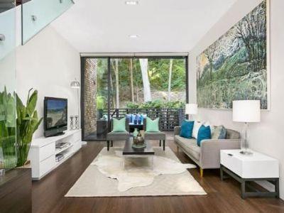 Modern Three Bedroom Home in Heart Of Paddington