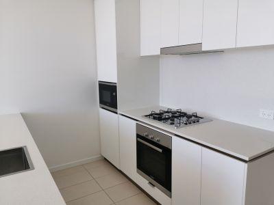 Brand New Luxury 1 Bedroom Apartment
