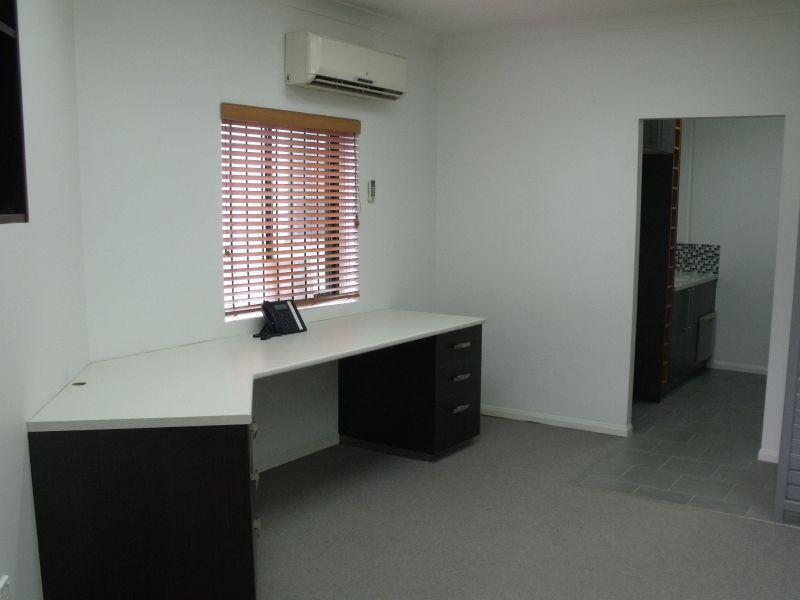 FOR LEASE - FRESH OFFICES IN HELENSVALE