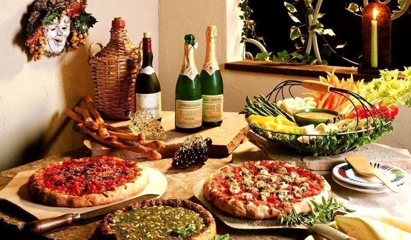 Great Restaurant! Amazing Location!! Urgent Sale!!!