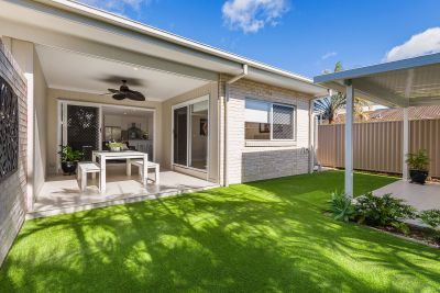 Beachside Perfection in One of Runaway Bay's Finest Streets