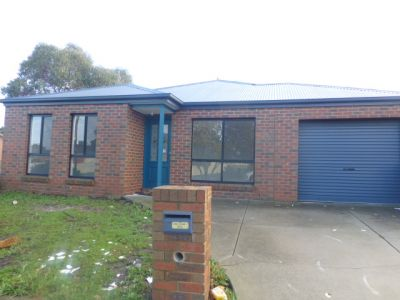 Petite property in a central Werribee location