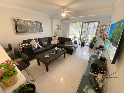 FULLY RENOVATED 3 BEDROOM TOWNHOUSE