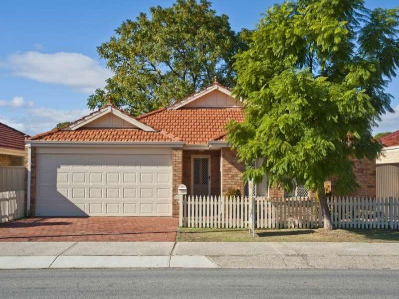 YOUNG & BEAUTIFUL 3 BED 2 BATH