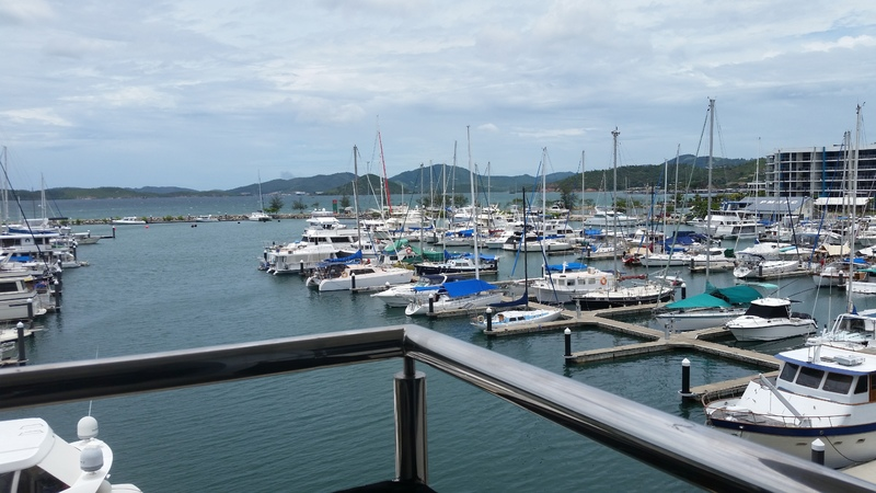 Modern & Luxury Apartment with Tranquil Views of the Marina and Harbor