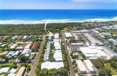 Beachside apartment in tropical resort