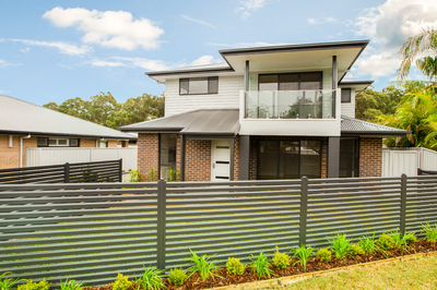 BRAND NEW TORRENS TITLE TOWNHOUSE