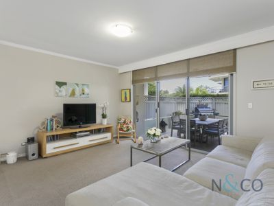 90/1 Dolphin Close, Chiswick