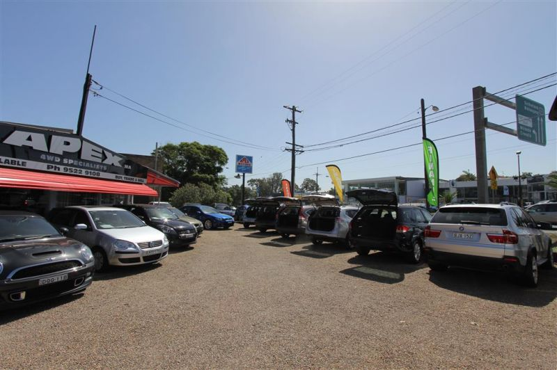 1,176SQM SALES YARD – PRIME HIGHWAY EXPOSURE