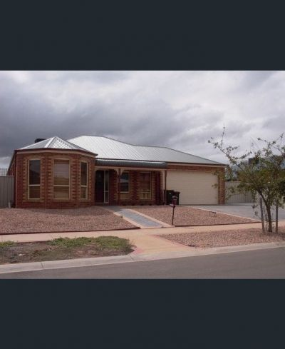 Located in Caroline Springs most wanted pocket The Grove