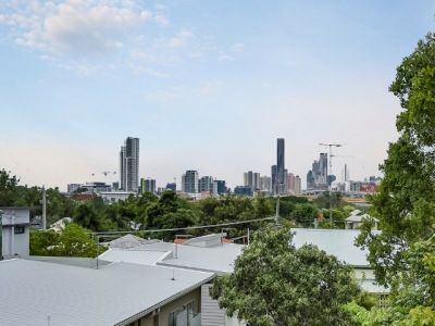 BLOCK OF 8 STRATA UNITS WITH EXCITING D.A APPROVAL!