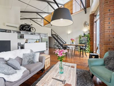 Four Bedroom Woolstore Apartment