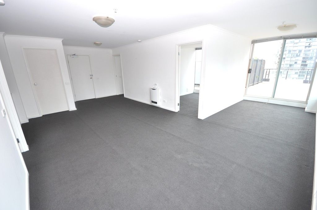 Southbank Condos, 22nd Floor - Large Private Terrace! L/B