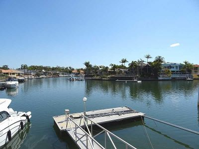 WATERFRONT HOME, WIDE WATER VIEWS, POOL, PONTOON