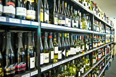 Yarra Valley Wine and Bottle Shop (Outstanding!) - Ref: 10710