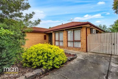 FIRST CLASS TENANT WANTED! Lovely Three Bedroom Home!