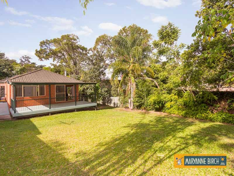 TRANQUIL SETTING , GREAT FAMILY HOME