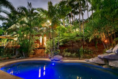 SECLUDED RAINFOREST SETTING JUST 10 MINUTES TO THE CBD