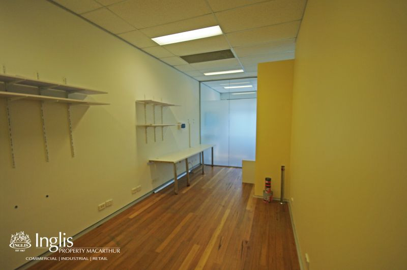 BEAUTIFULLY FITTED OUT OFFICE SPACE WITH LIFT ACCESS!