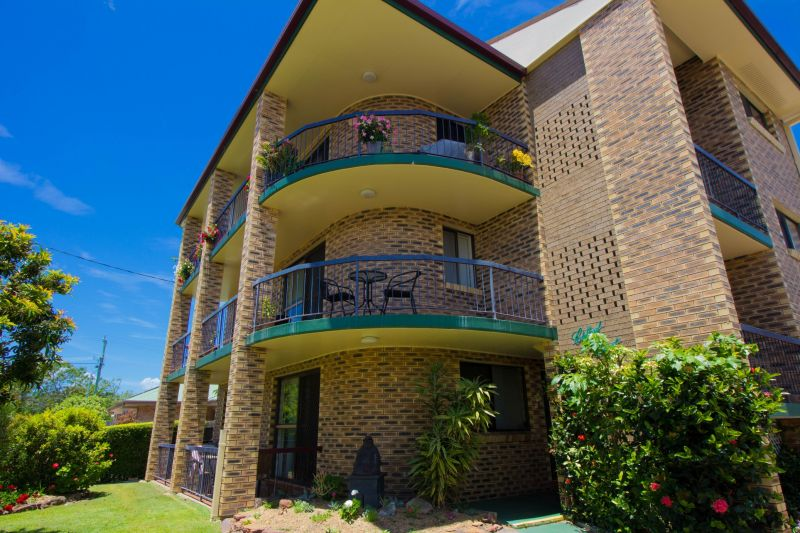2/10 Fourth Avenue, Bongaree