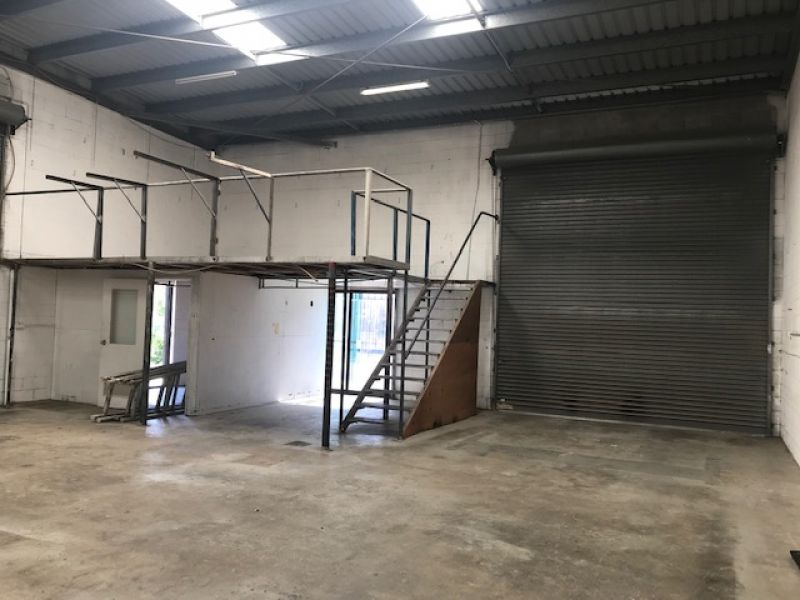 172sqm Front Factory in Currumbin - Be Quick!