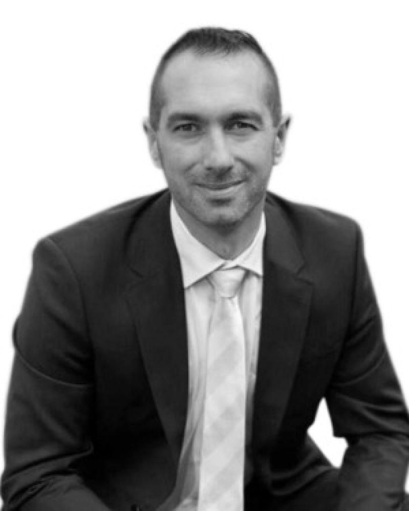 Jose Alberti Real Estate Agent