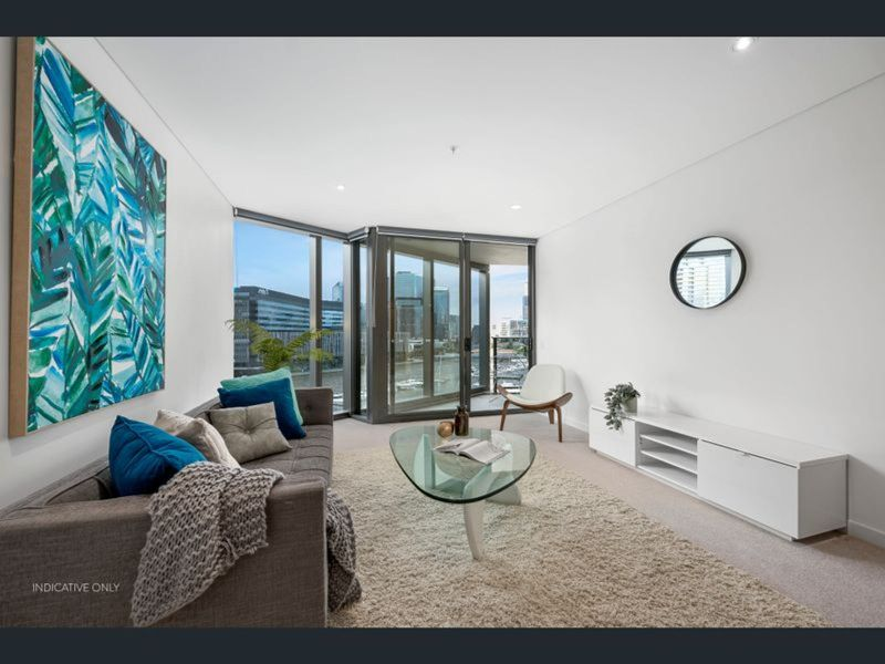 Luxury 1 bedroom waterfront living