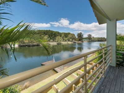 Just what you want - 3 Bed on Water