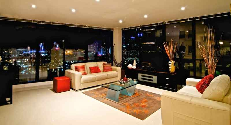 Yarra Crest: 20th Floor, Fully Furnished - Don't Miss Out on This Stunning Sub-Penthouse!