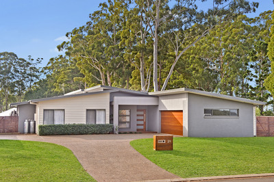 First Class Modern Living With Sublime Comfort And A Place For A Caravan