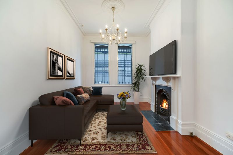 A SHORT WALK FROM ST VINCENTS HOSPITAL, KINGS CROSS & RUSHCUTTERS BAY PARK