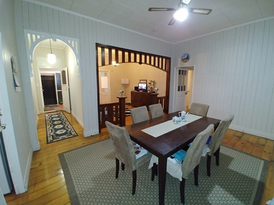 Fully furnished, partly furnished or empty 3 Bedroom House - Your Choice
