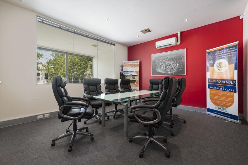 Affordable City Fringe Modern Office