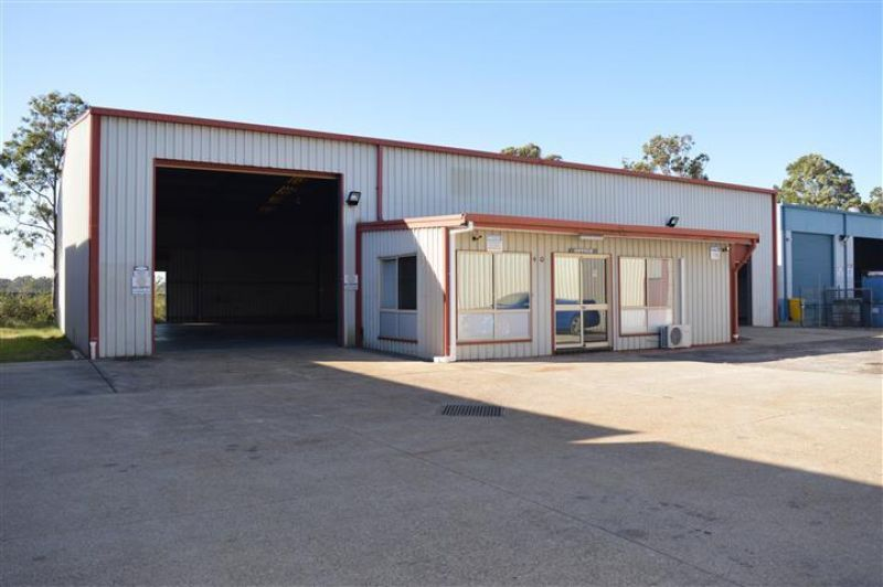 TIDY WORKSHOP FOR LEASE