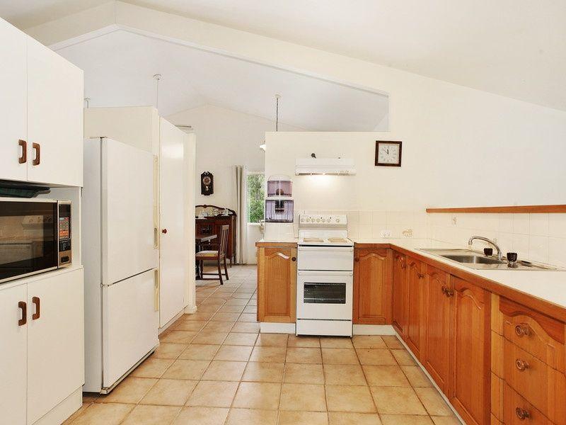 102 Grays Rd, Doonan QLD 4562