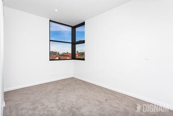 303/48A-50 Kembla Street, Wollongong NSW