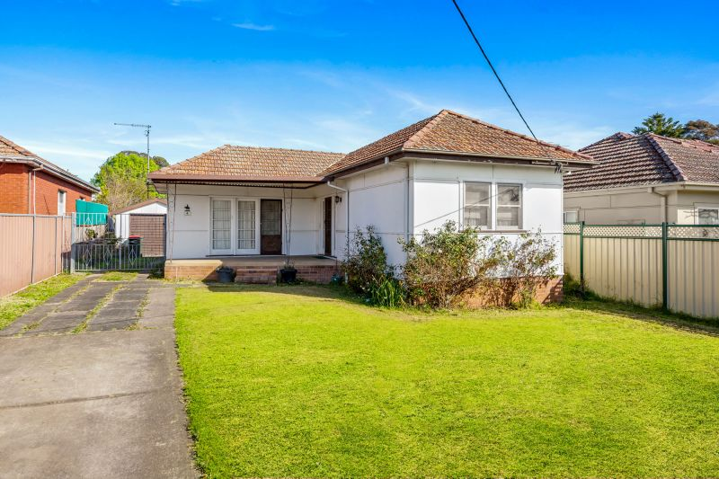 4 Irrigation Road, Merrylands