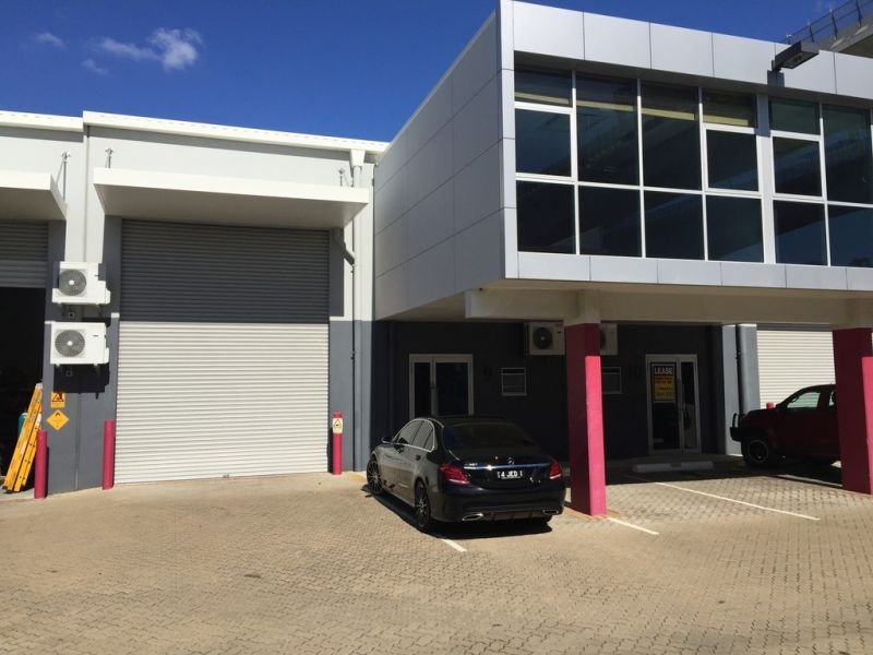 254m2* Murarrie Good Quality Office/ Warehouse
