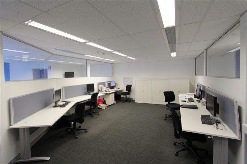 LEASED BY HAYDEN BENNETT & DAMEN ASTEY - 409M² - OFFICE & SHOWROOM