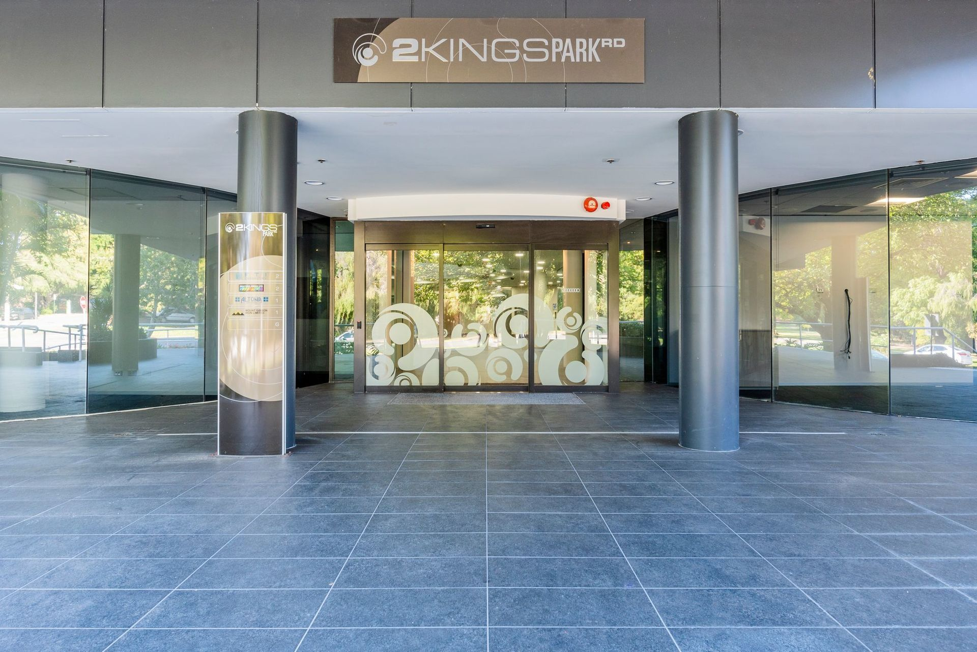 FITTED & FURNISHED OFFICE SPACE - KINGS PARK ROAD