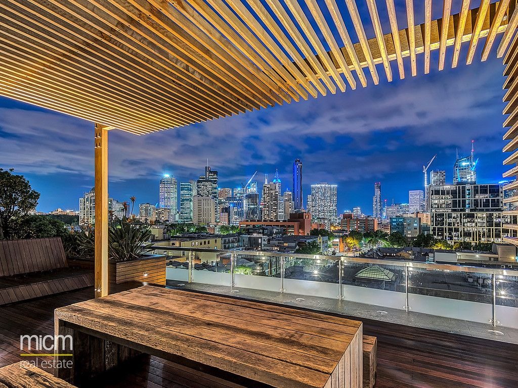 Brilliant Bravo' Quality and Standout CBD Views