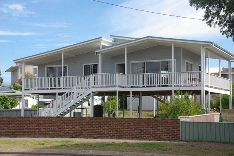 For Sale By Owner: 17 Goldfields Road, Castletown, WA 6450