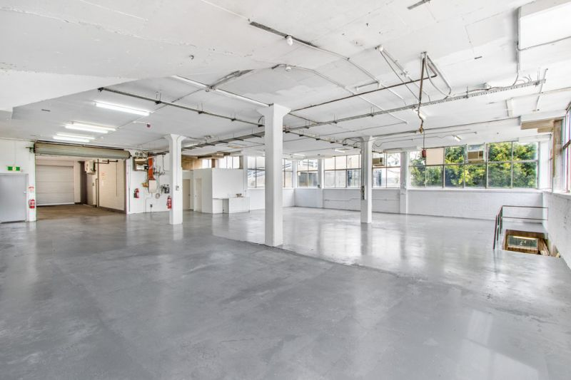 Newly Refurbished Vacant Warehouse