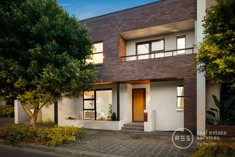 Price Improvement - Two floors of spacious and beautifully stylish town living