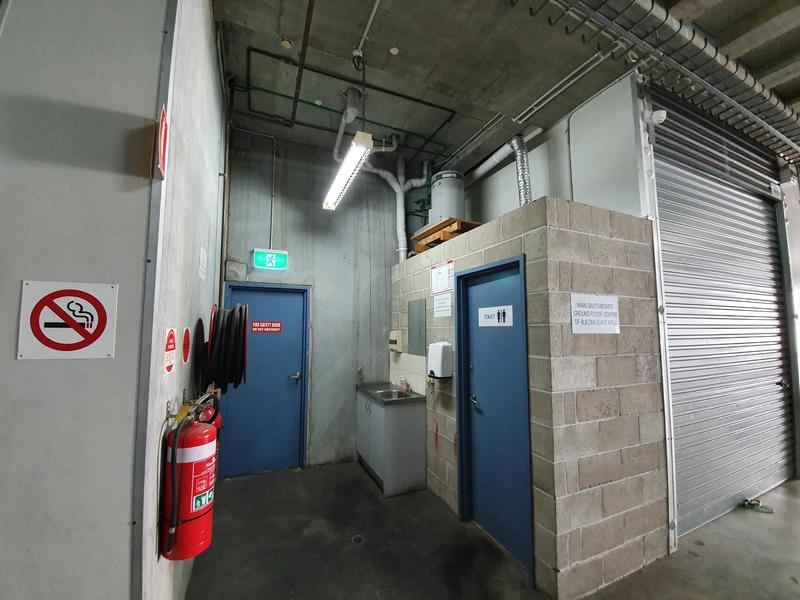 Well built storage unit in the heart of Brookvale