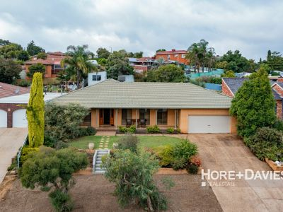 Great Family Home with Options