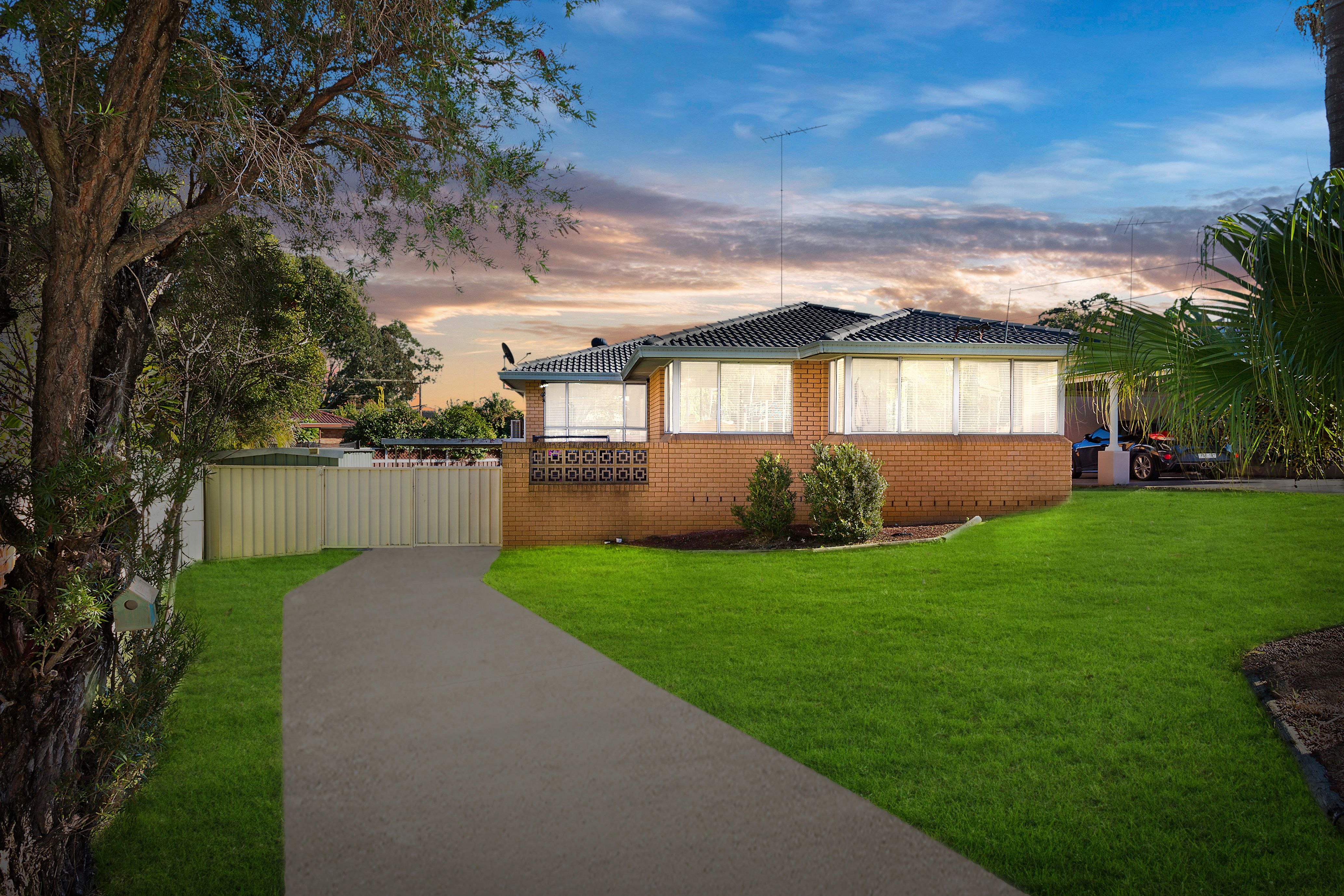 3 Harden Crescent, Georges Hall NSW 2198